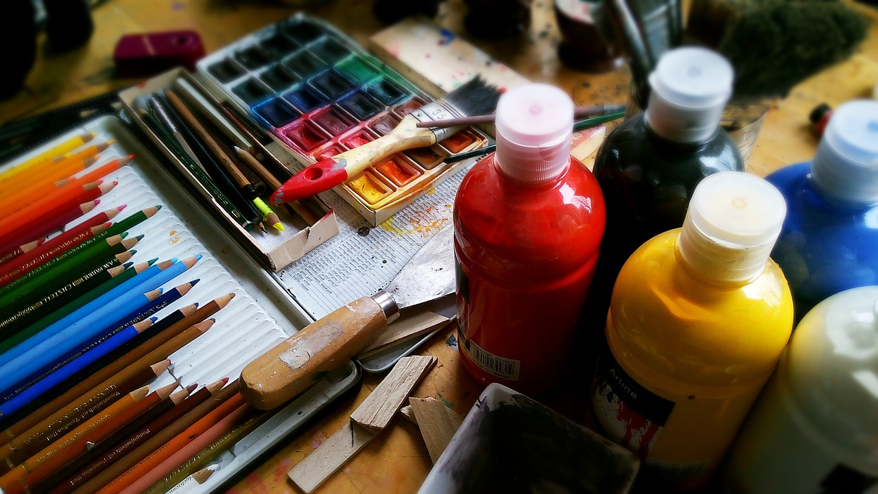 upload/painting-911804_1280.jpg